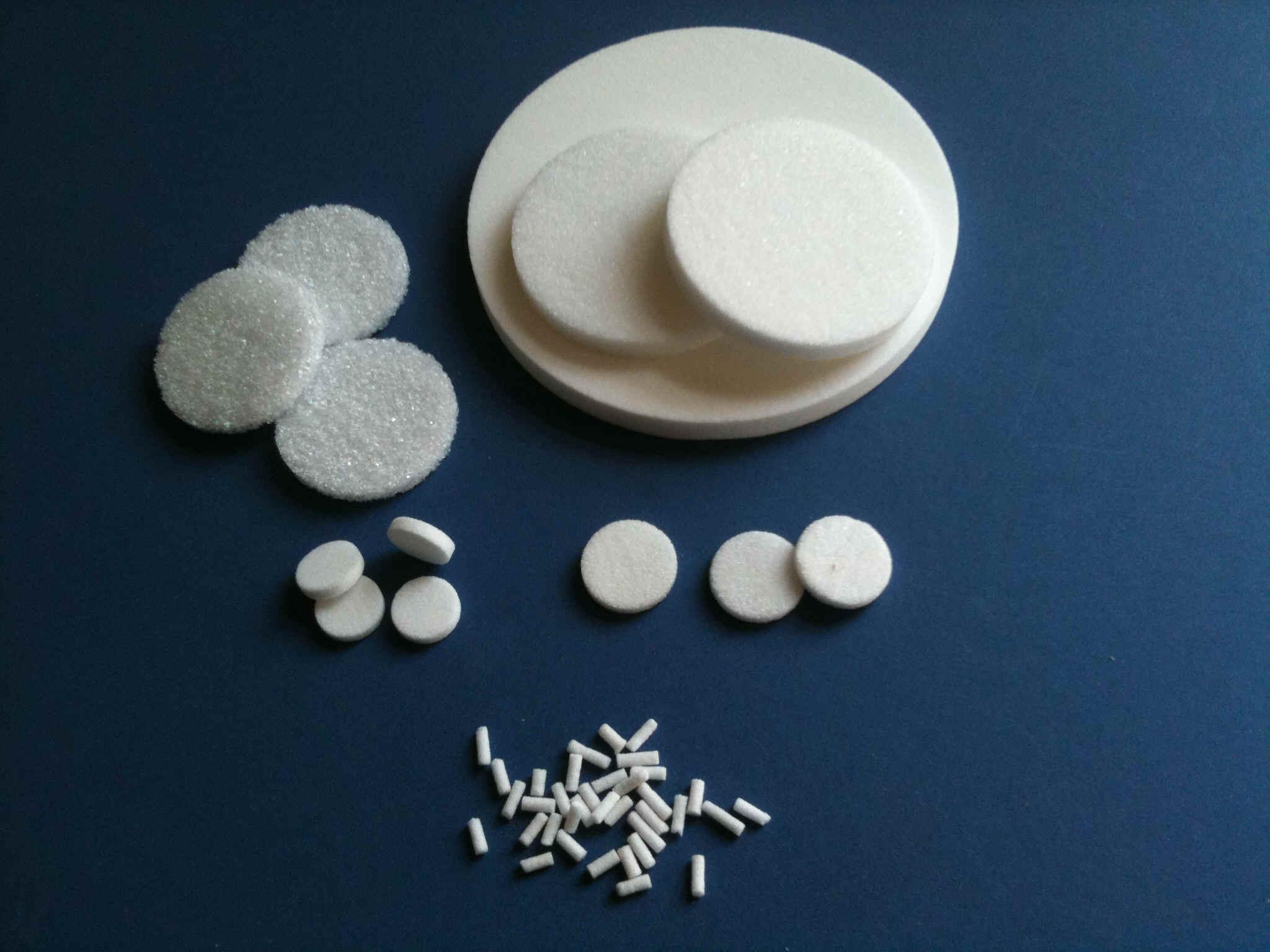 Quartz Filter. Quartz Sintered Discs. Porosity range 0 - 4. Diameter range from 2mm -85mm
